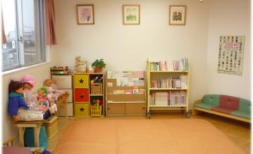 子育て支援センター すくすくパレットルーム1