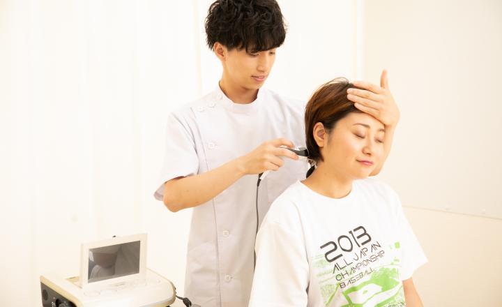 頸部の施術